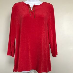 Travelers By Chico's Sz 2 Red Tunic Top Gold Chain